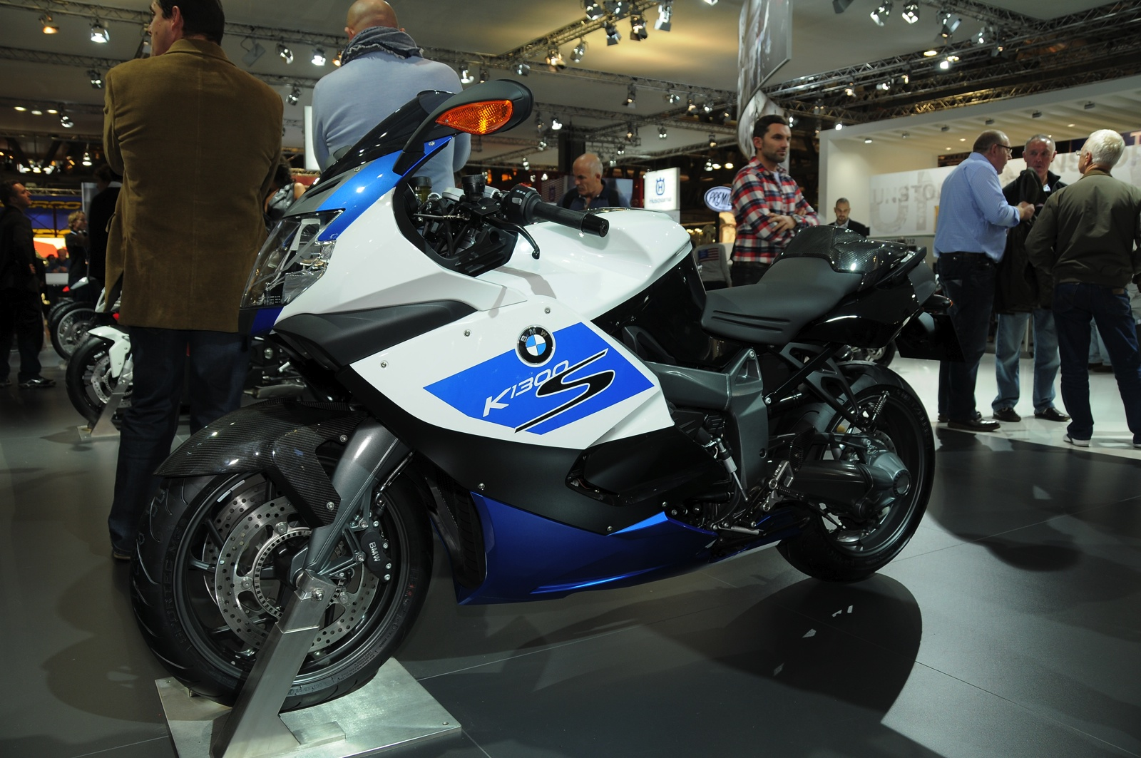 BMW K1300 S HP e K1300 R special edition