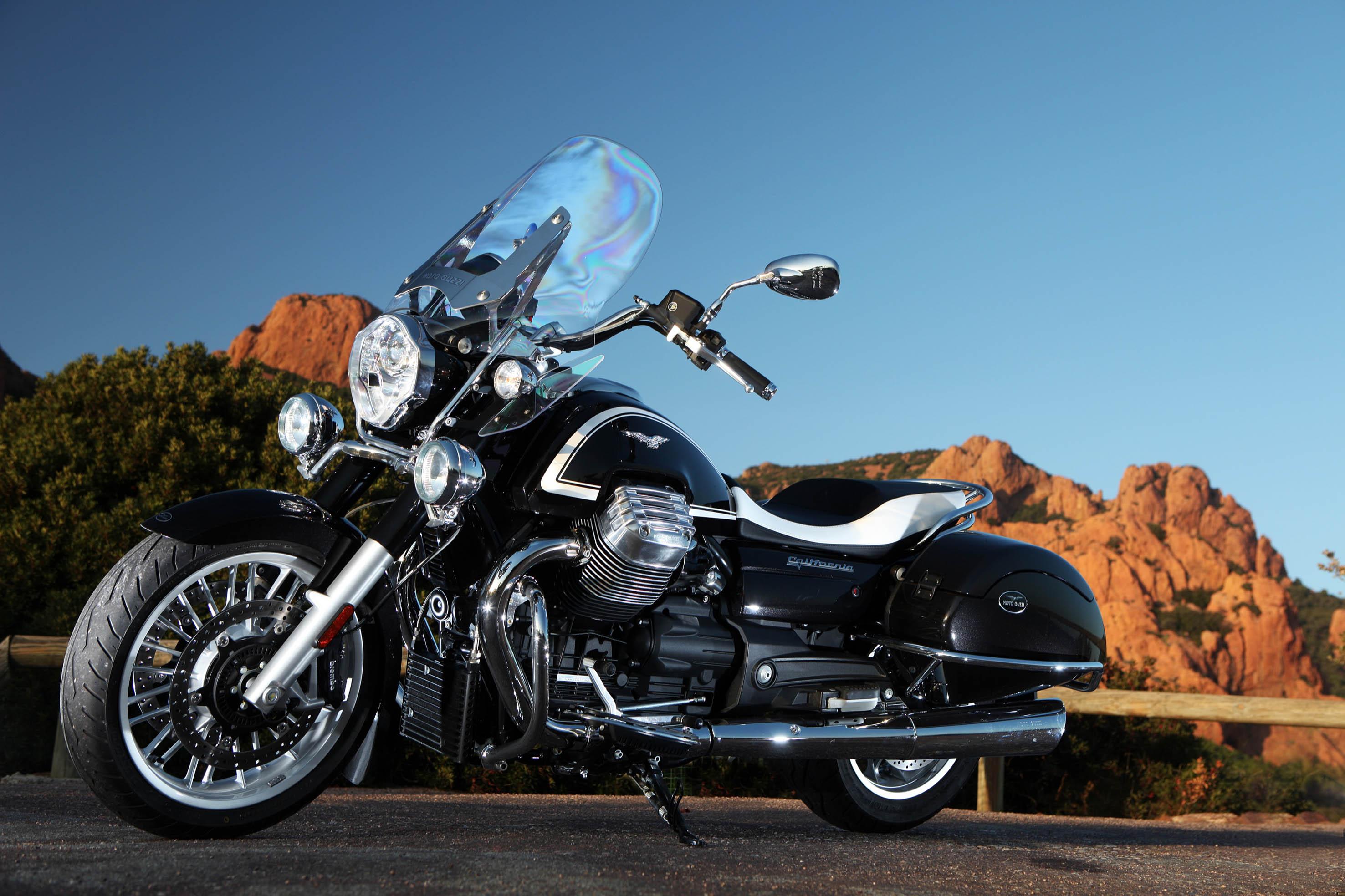 Moto Guzzi 750 Nevada Classic NEVADA 750-LF/743 750 cm³