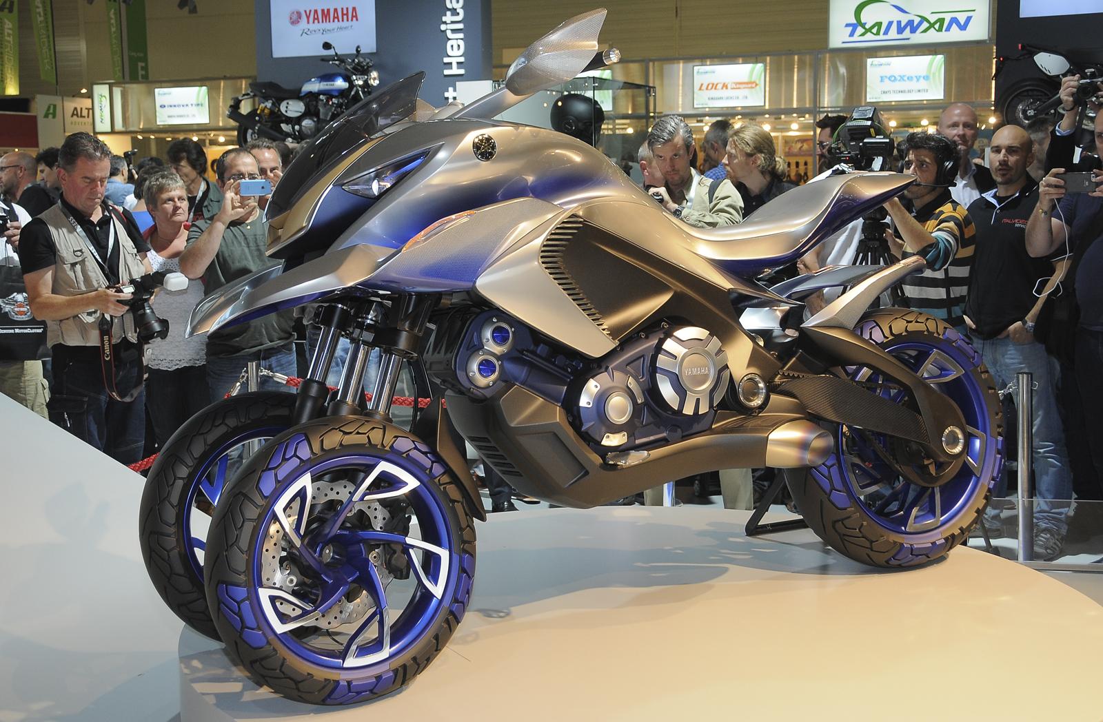 Moto 3 ruote yamaha idea di immagine del motocicletta for Idea ruote