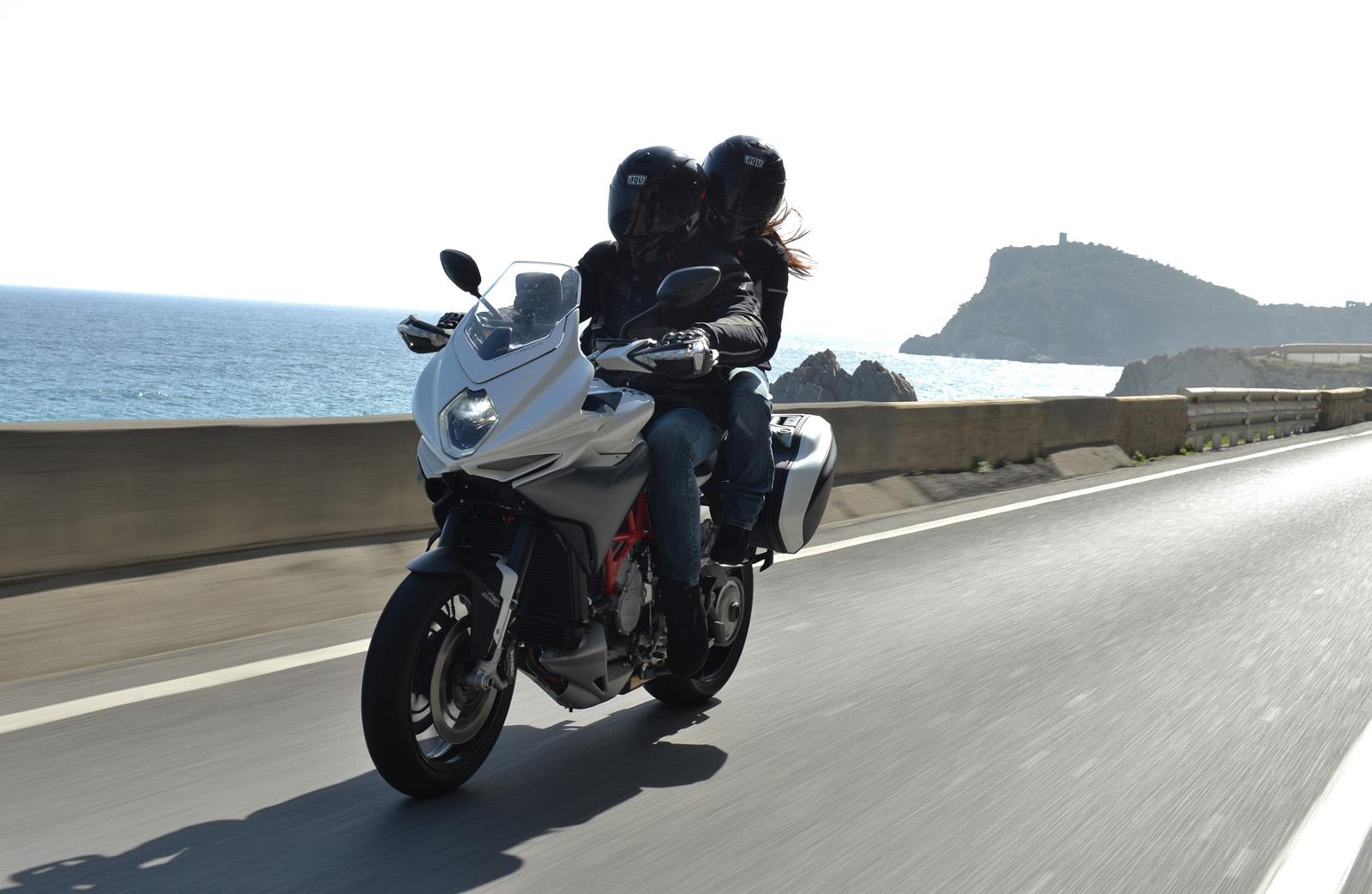 in viaggio tra sicilia, sardegna e corsica con la mv agusta