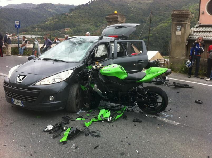 Sicurezza stradale motociclisti i pi vulnerabili for Citta tedesca nota per le fabbriche di auto