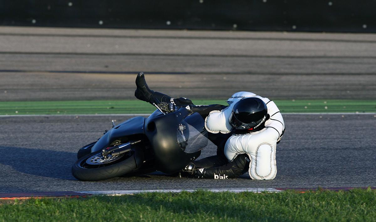 Risultati immagini per moto-airbag