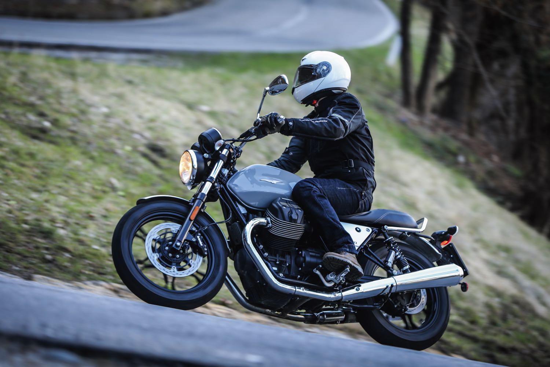 Anteprima - Moto Guzzi Nevada 2012 - MotorBox