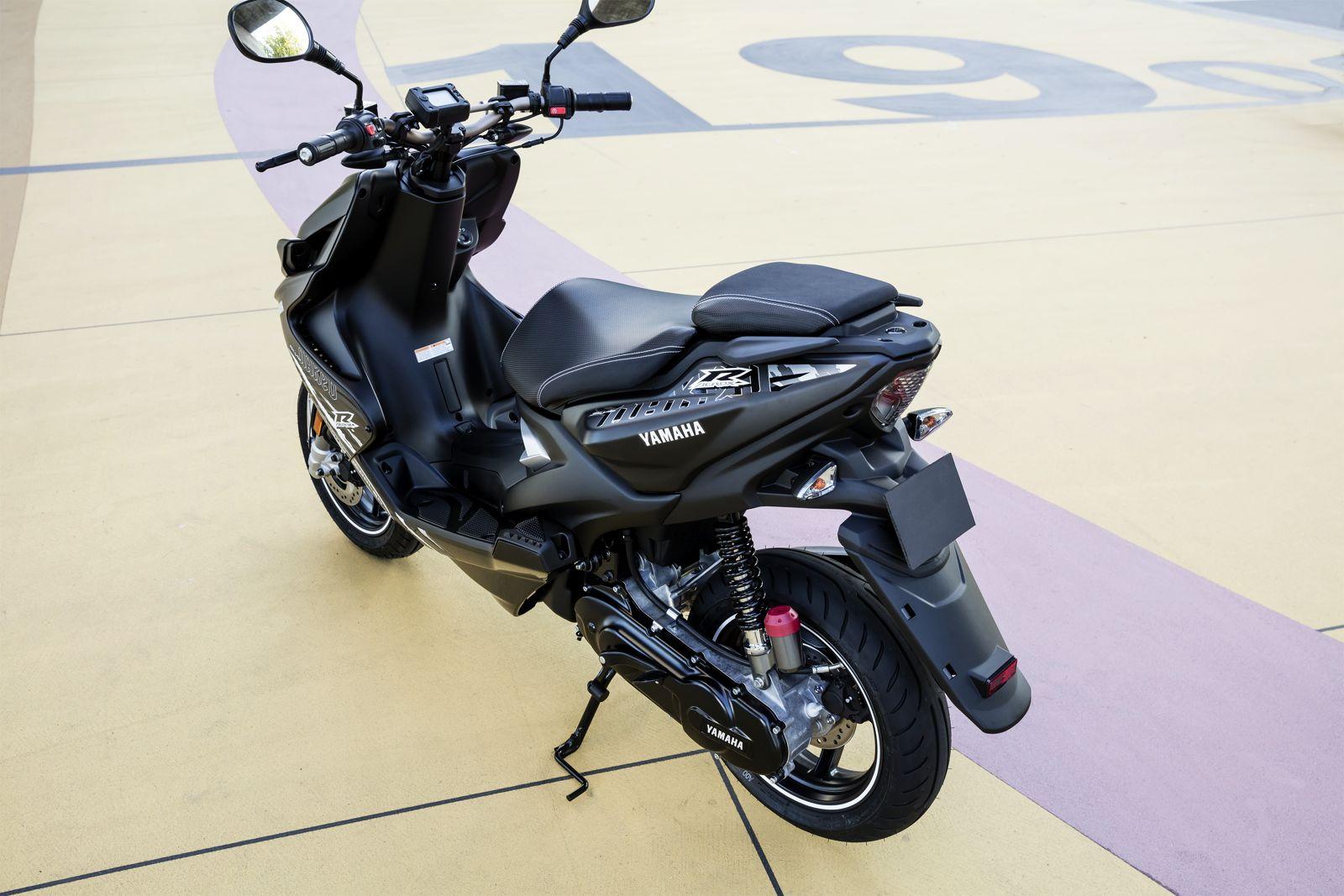 Yamaha MT-09 ABS Prezzo, Scheda tecnica e Foto - Dueruote