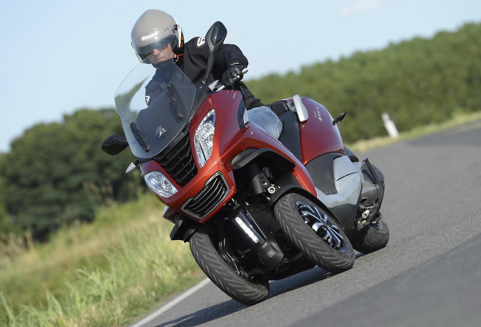 Peugeot Metropolis listino prezzo - scheda tecnica - foto ...