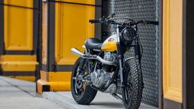 Ray of Sunshine, la Yamaha XT500 Scrambler by Daniel Peter