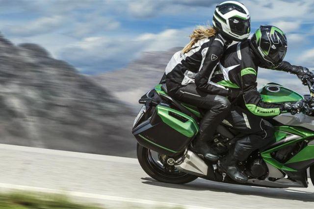 Moto usate moto nuove listino prove e abbigliamento for Moto usate in regalo