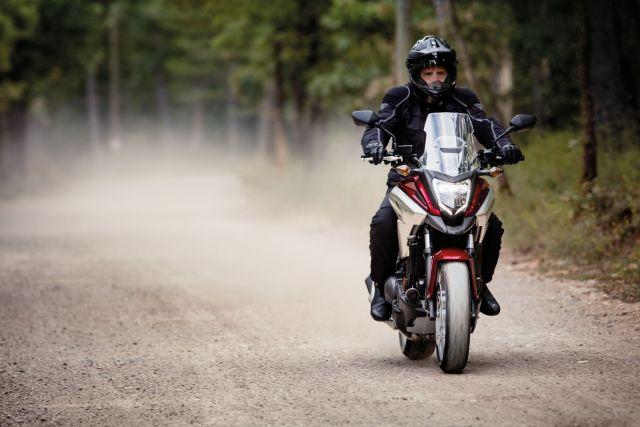 Honda NC X listino prezzo - scheda tecnica - foto - Insella it