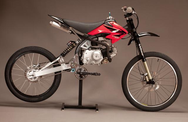 Motoped La Bici Con Un Motore Da Pit Bike