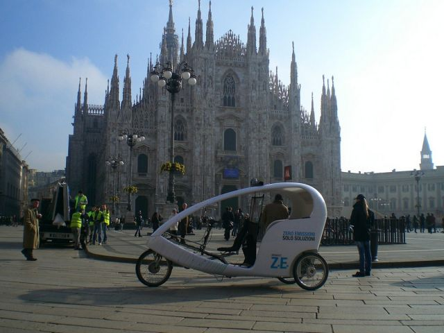 VeloLeo, turismo a Milano con triciclo elettrico