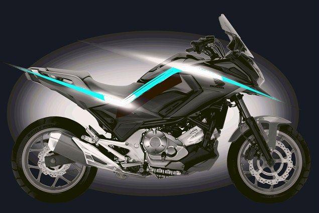 Honda NC750X 2016, cambia faccia ed è più grintosa