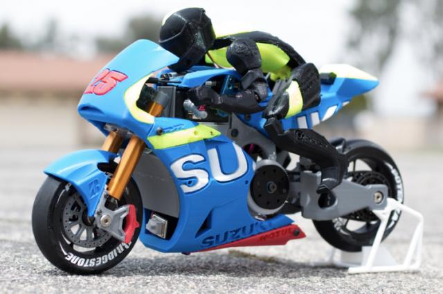 Questa Suzuki radiocomandata stampata in 3D è un'opera d'arte