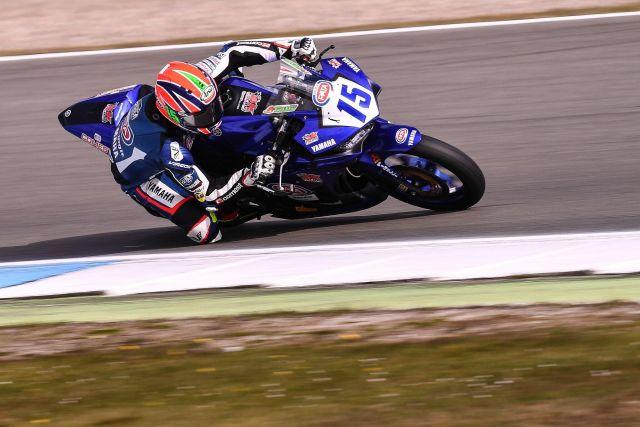 I piloti del Yamaha R3 bLU cRU Challenge al Master Camp da Valentino Rossi