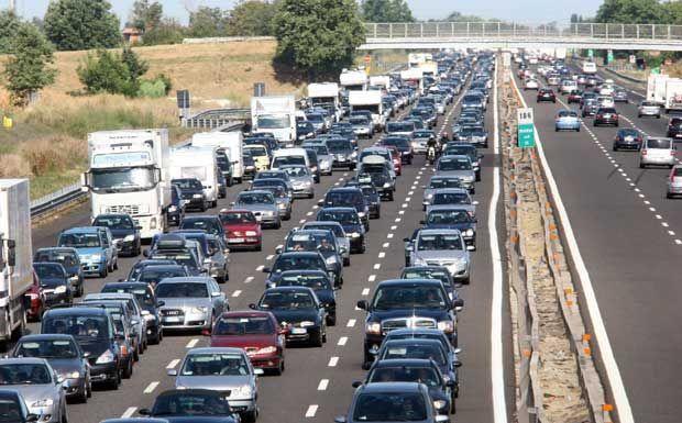 Traffico autostrade 2017: esodo estivo all'inizio. Info bollini neri