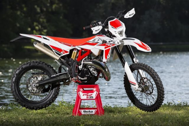Beta RR 125 MY 2018, la gamma enduro due tempi è completa