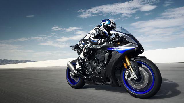Yamaha Yzf R1m Prenotabile Online