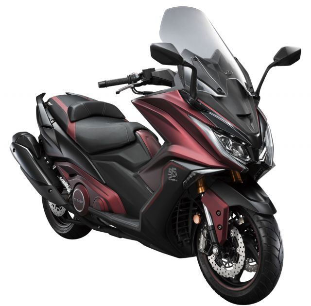 Kymco novità scooter 2019: AK550 55th Anniversary e Downtown 350i TCS