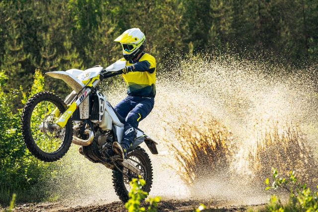 Husqvarna: nuovi test ride gamma enduro