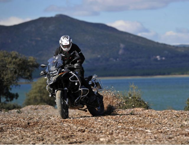 BMW R 1200 GS Adventure: maneggevole e confortevole