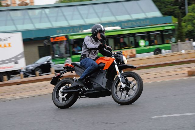 Nuova Zero Motorcycle DS ZF 14.4, Lautonomia raddoppia