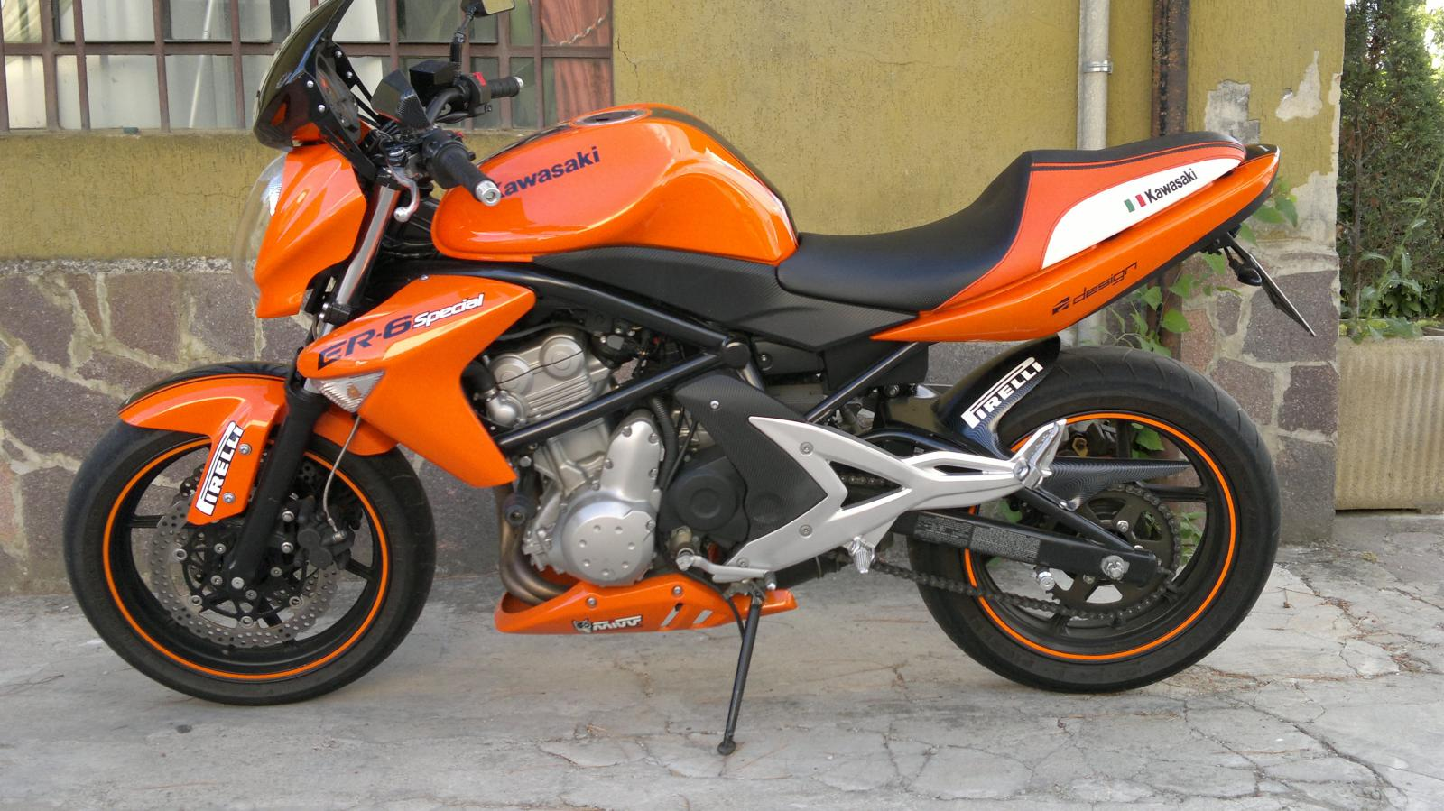 2008 Kawasaki ER-6n - Moto.ZombDrive.COM