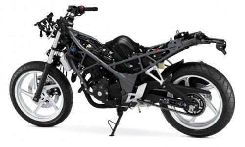 Honda CB 300 F: ecco la prima foto ufficiale