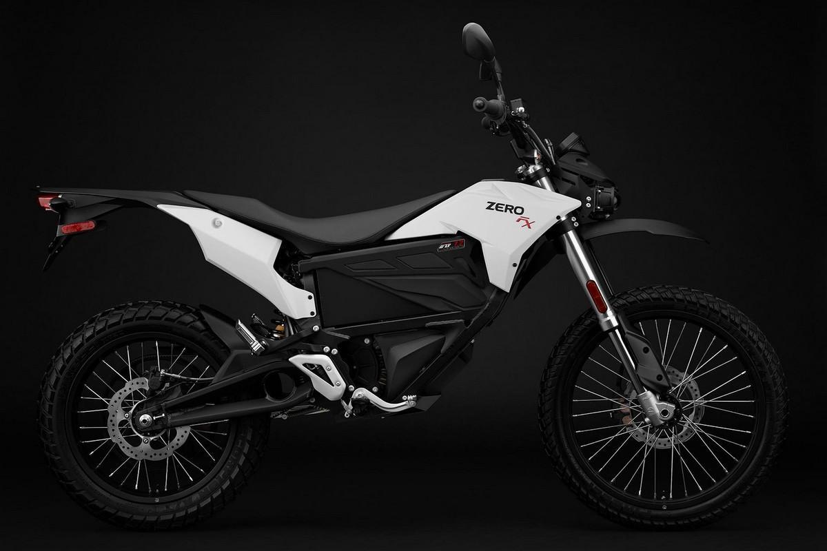 Foto Zero Motorcycles DS ZF 13 2017 Più autonomia e