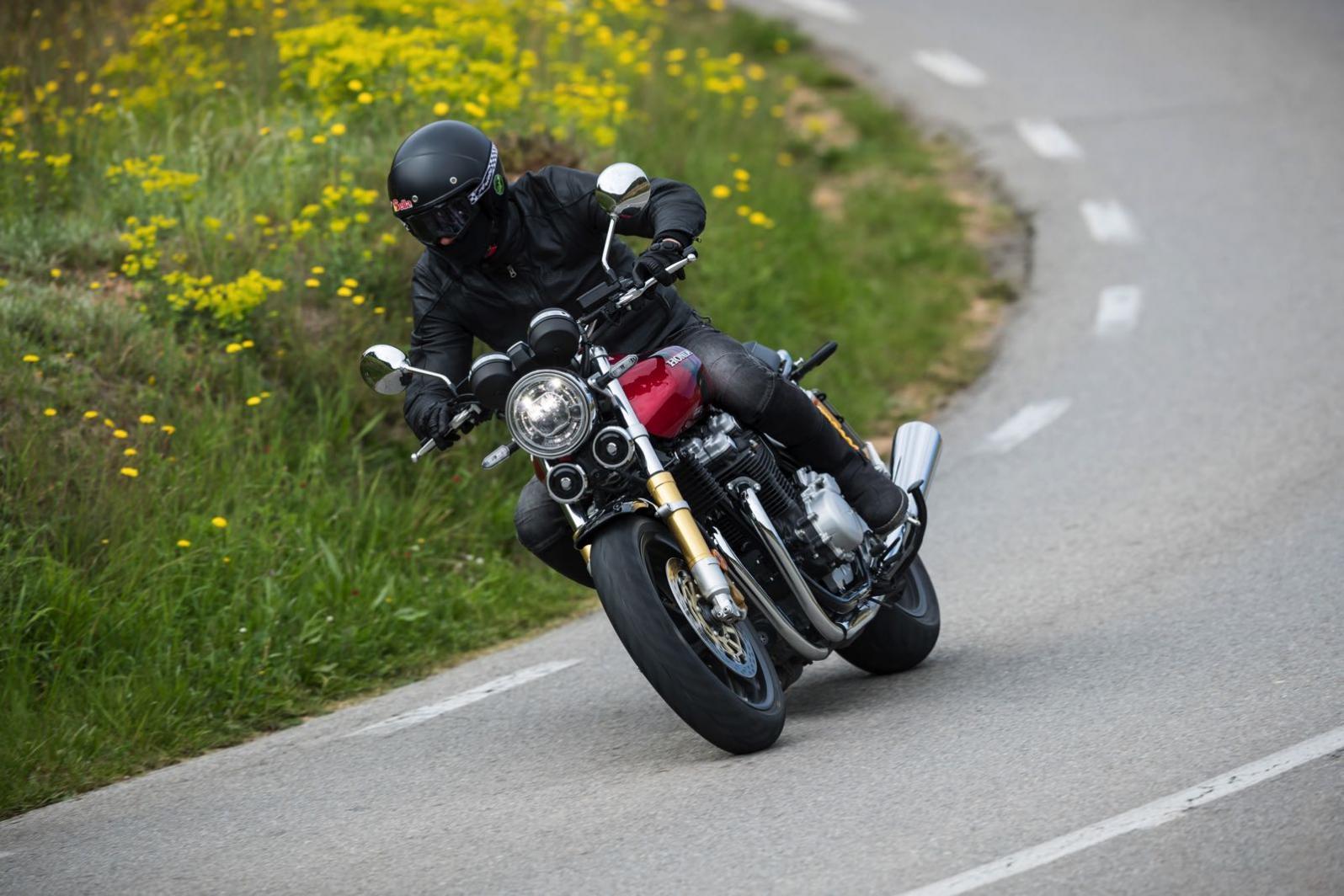Foto Honda CB 1100 Honda CB 1100 RS, la classica si fa