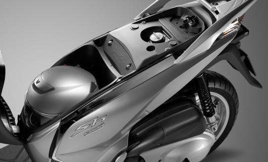 Honda Sh 300i 2016 Prezzo Informazioni Tecniche Foto E Video